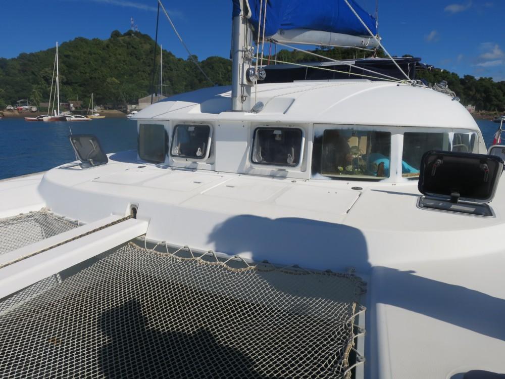 Rental Catamaran in Ambatoloaka - Lagoon Lagoon 380