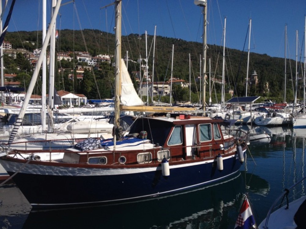 Hire Sailboat with or without skipper Nauticat Ičići