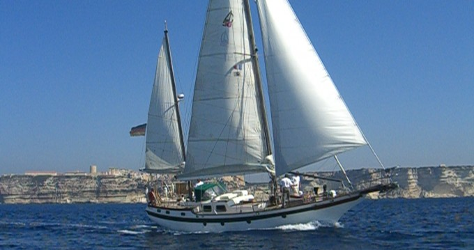 Sailboat for rent Carnon-Plage at the best price