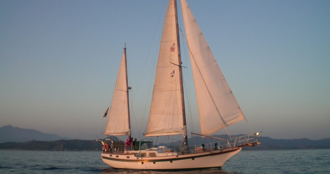 Hire Sailboat with or without skipper Blue-Water Carnon-Plage