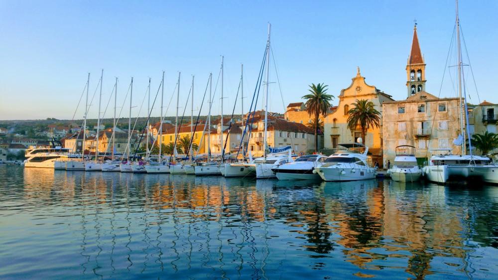 Rental yacht Split - Bénéteau Oceanis 48 on SamBoat