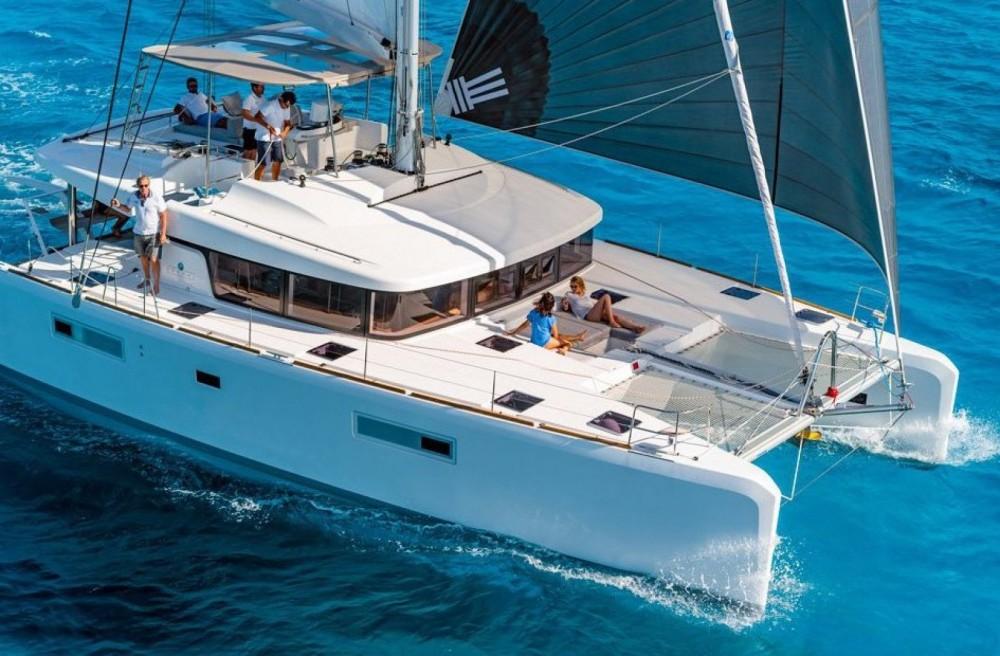Rental Catamaran in Ajaccio - Lagoon Lagoon 52 F