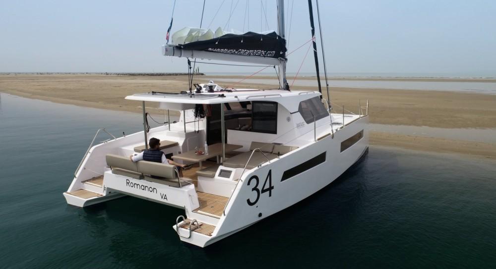Rental Catamaran Aventura with a permit