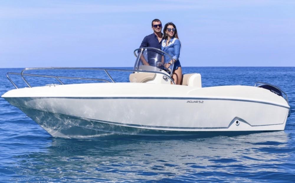 Boat rental Ta.ma.re Jaguar 5.50 in Tropea on Samboat