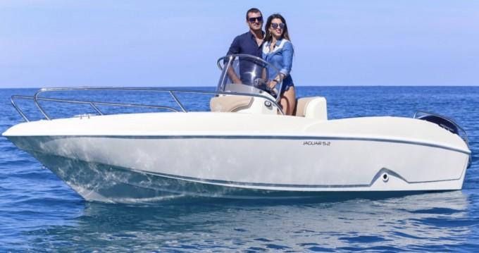 Ta.ma.re Jaguar 5.50 between personal and professional Tropea