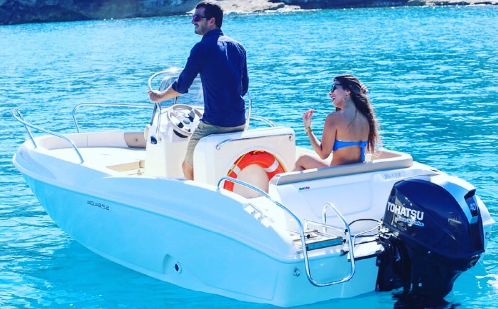 Rental Motor boat Ta.ma.re with a permit