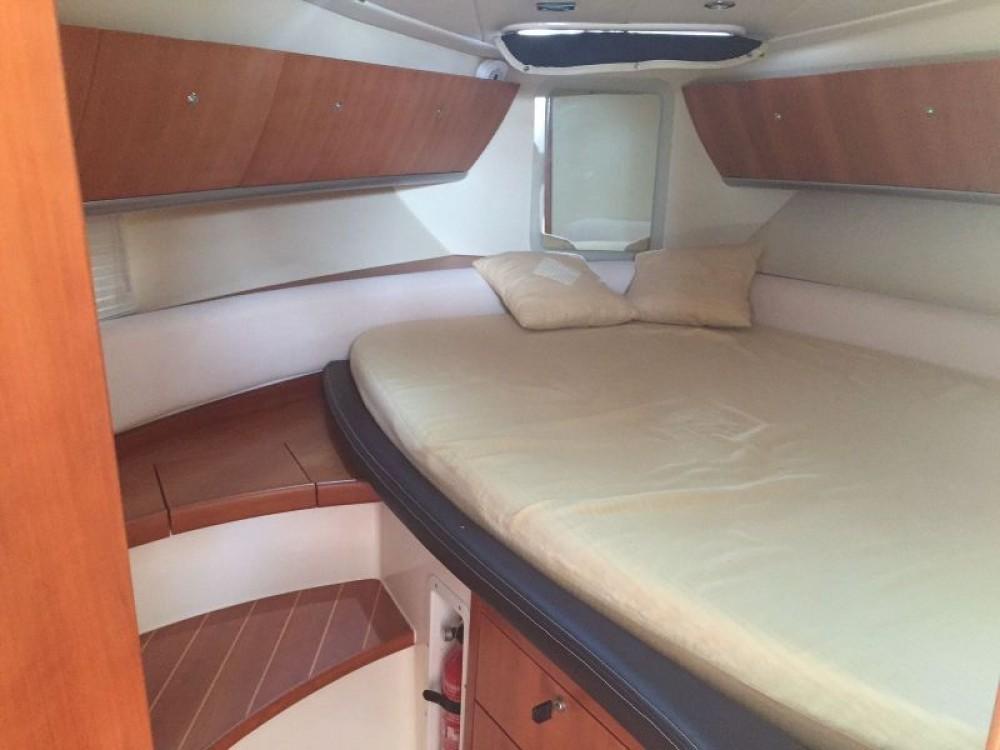 Boat rental Stama Stama 33 in Castellammare del Golfo on Samboat