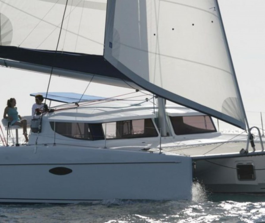 Boat rental Fountaine Pajot Mahe 36 in Venecia on Samboat