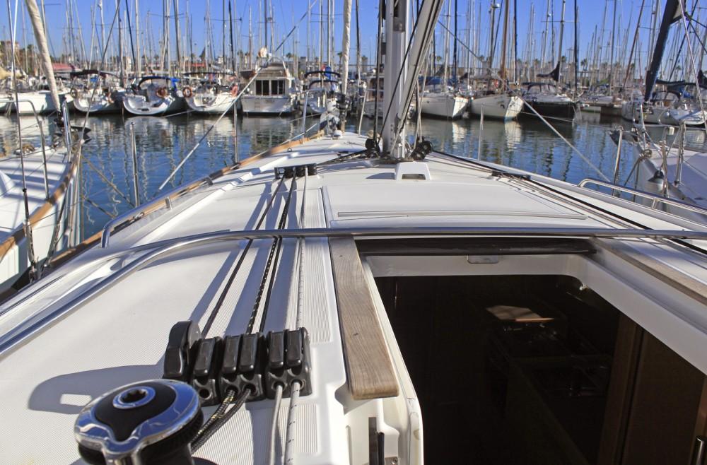 Rental yacht Barcelona - Bénéteau Oceanis 38.1 on SamBoat