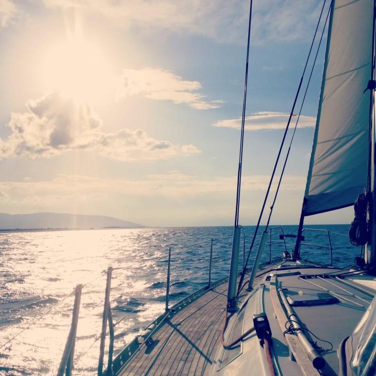 Boat rental Jeanneau Sun Odyssey 45.1 in Tourlos on Samboat