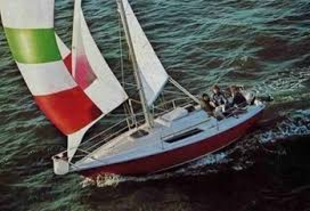 Hire Sailboat with or without skipper Edel Lutry