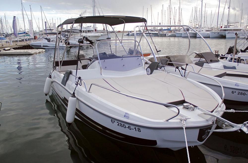 Boat rental Bénéteau Flyer 6.6 SUNdeck in Cambrils on Samboat