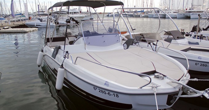 Rental Motorboat in l'Estartit - Bénéteau Flyer 6.6