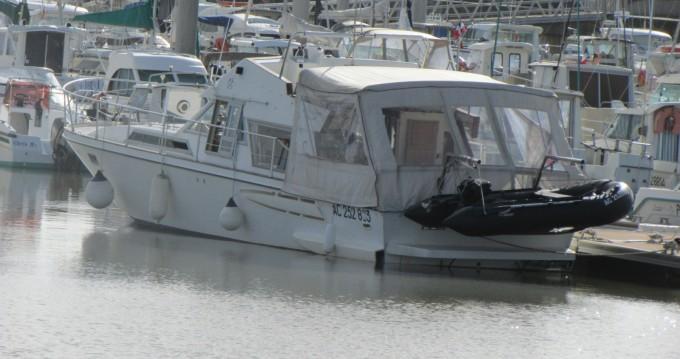 Boat rental Le Verdon-sur-Mer cheap Guy Couach 1200 Fly