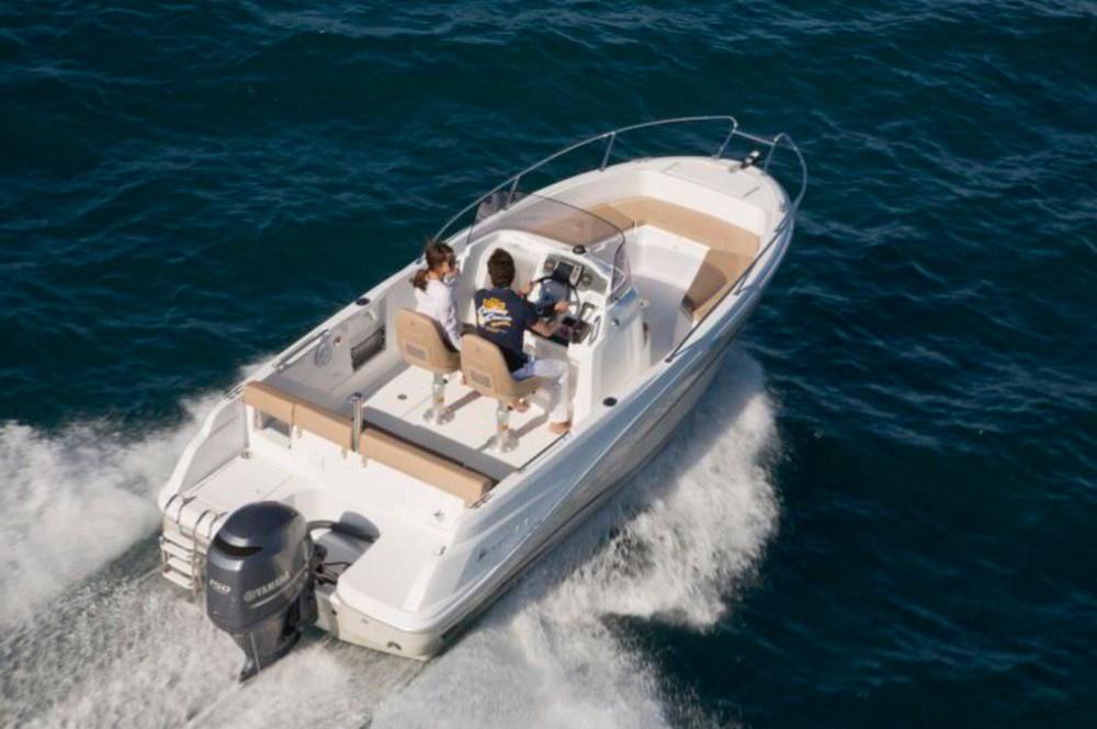 Boat rental Calvi cheap Cap Camarat 635 Style