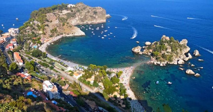 Boat rental Taormina cheap vz50 fly