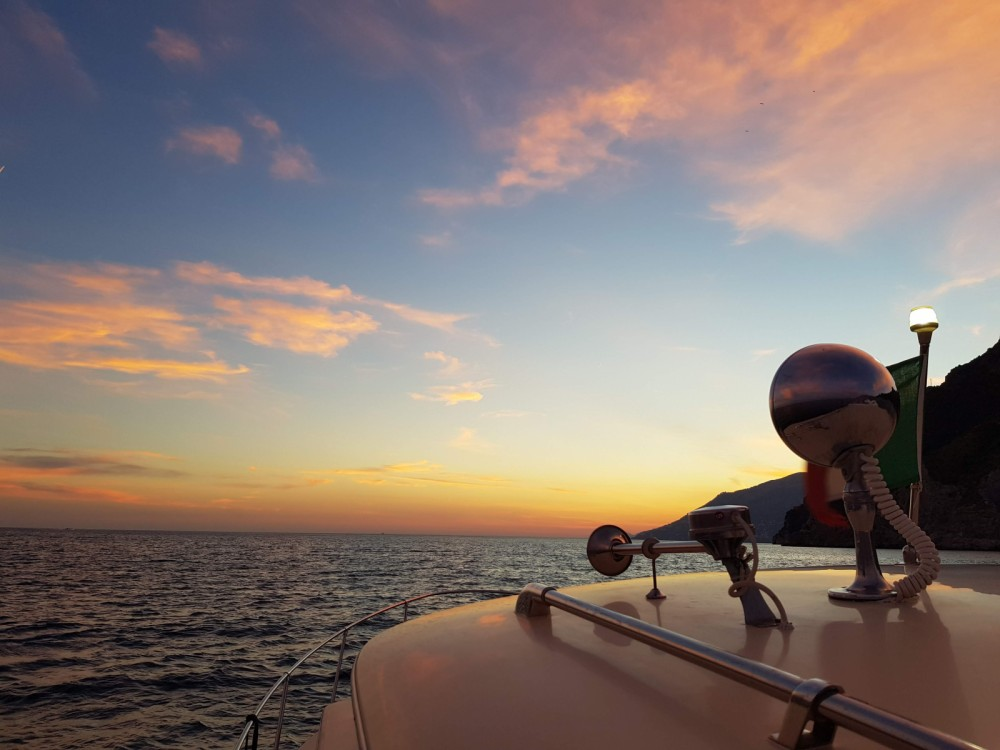 Hire Motorboat with or without skipper Chris Craft Salerne