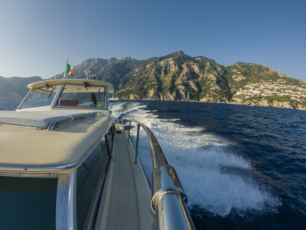 Chris Craft Commander 31 between personal and professional Amalfi