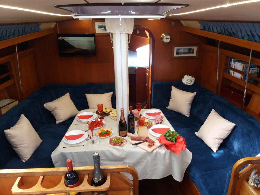 Hire Sailboat with or without skipper Ad Maiora Cagliari