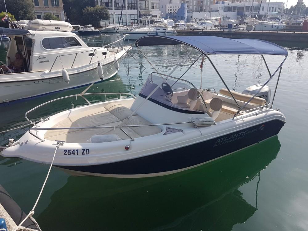 Rental yacht Tisno - Atlantic Suncruiser 570 on SamBoat