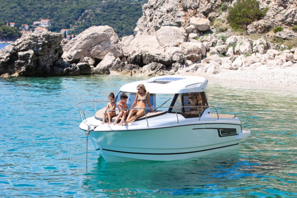 Rental Motor boat in Sumartin - Jeanneau Merry Fisher 795