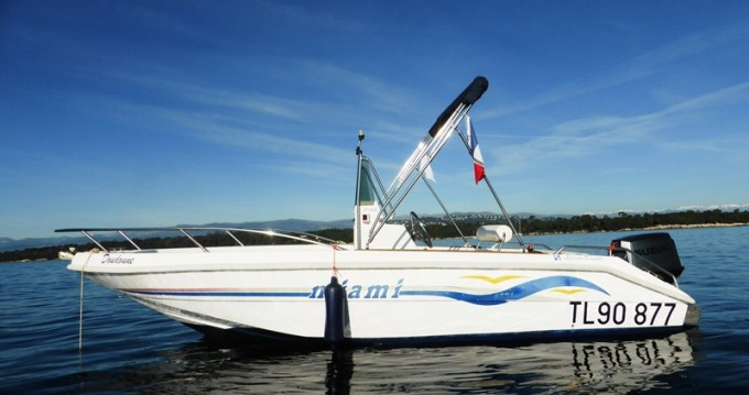 Rental yacht Mandelieu-la-Napoule - MASSIMO SCAGNELLI MIAMI 18 SF on SamBoat