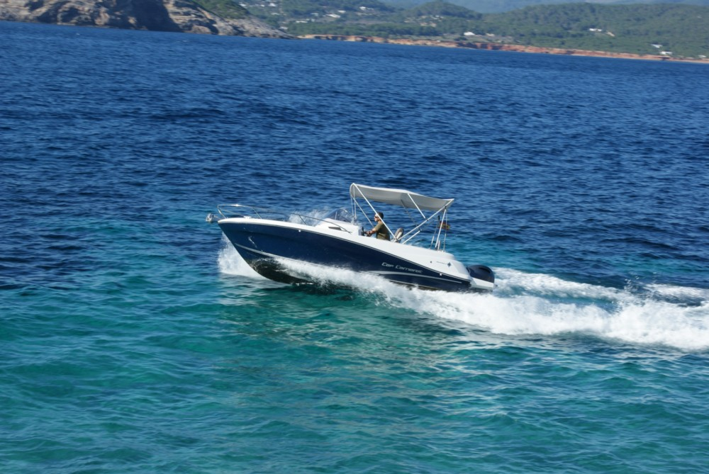 Hire Motor boat with or without skipper Jeanneau Marina Santa Eulalia
