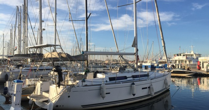 Dufour Dufour 405 Grand Large between personal and professional Saint-Mandrier-sur-Mer