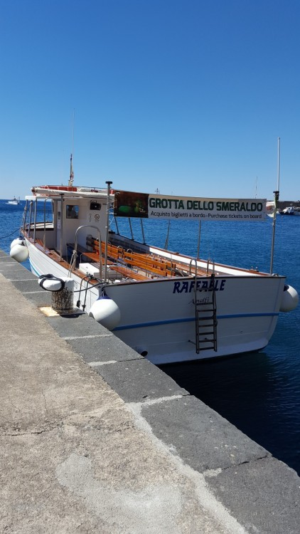 Rental Motor boat Cantiere Mileo with a permit