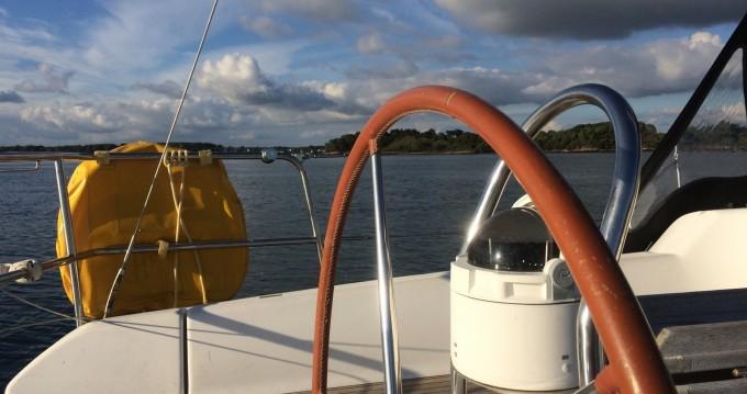 Rental Sailboat in Île-aux-Moines - Dufour Dufour 365 Grand Large