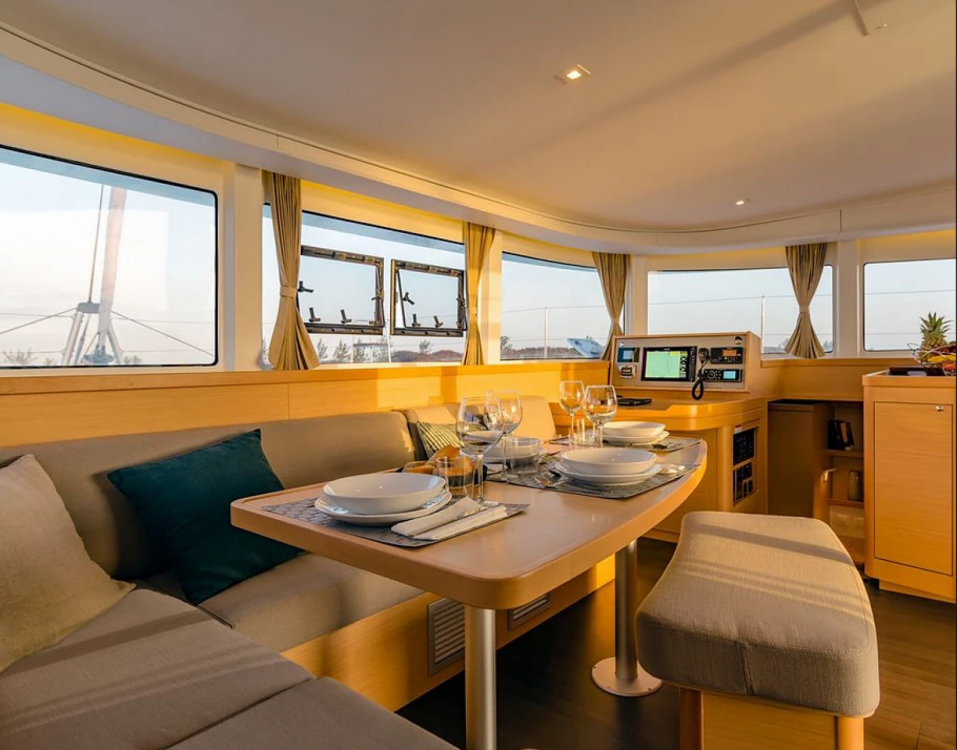 Rental Catamaran in Grimaud - Lagoon Lagoon 42