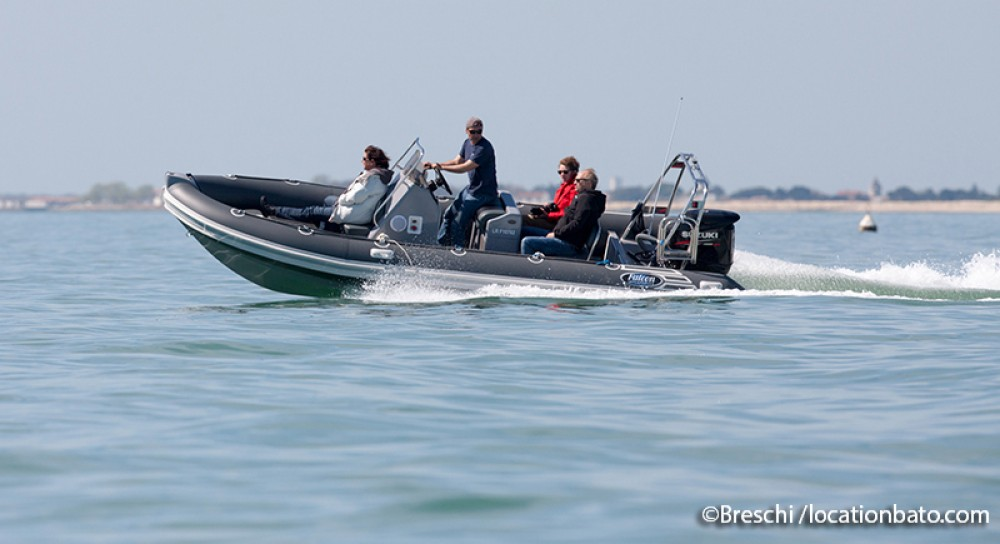 Hire RIB with or without skipper Falcon La Rochelle