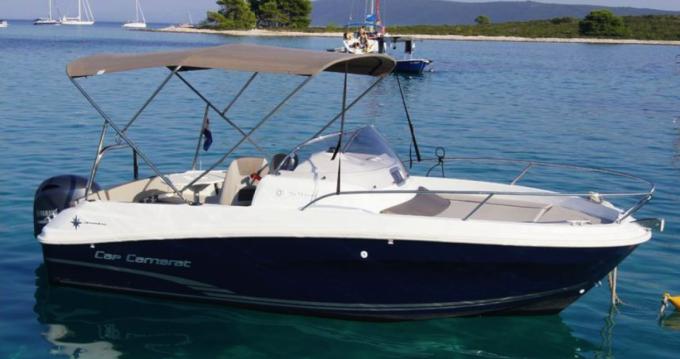 Boat rental Jeanneau Cap Camarat 5.5 WA Serie 2 in Saint-Cyprien on Samboat