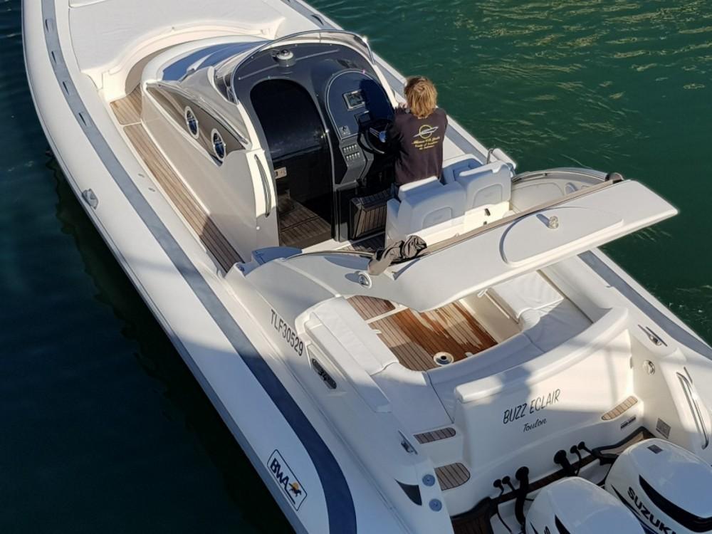Boat rental Bwa Bwa 34 Efb in Fréjus on Samboat