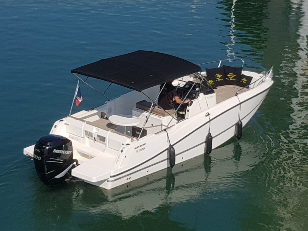 Quicksilver Activ 755 Open between personal and professional Fréjus