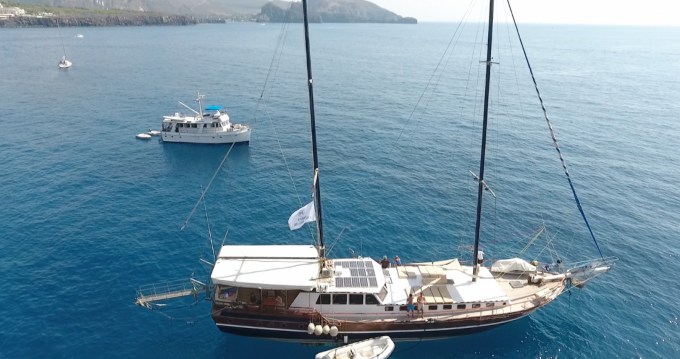 Hire Sailboat with or without skipper Gullet Milazzo