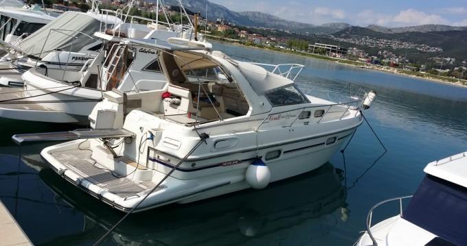 Sealine sealine 328 open between personal and professional Split