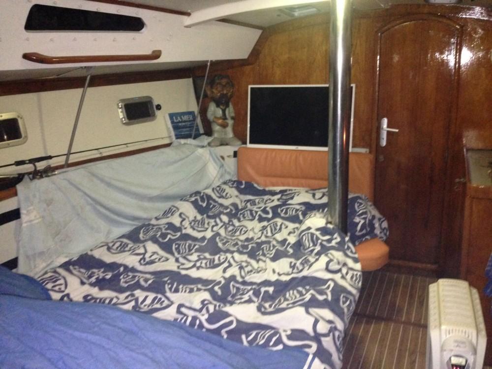 Rental yacht Hyères - Jeanneau voyage 1120 on SamBoat