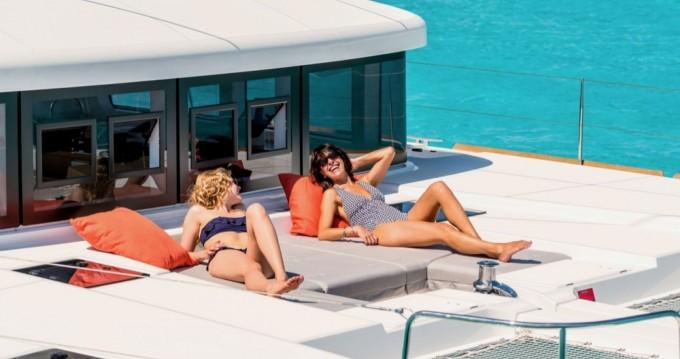 Boat rental Lagoon Lagoon 52 F in Ibiza Island on Samboat