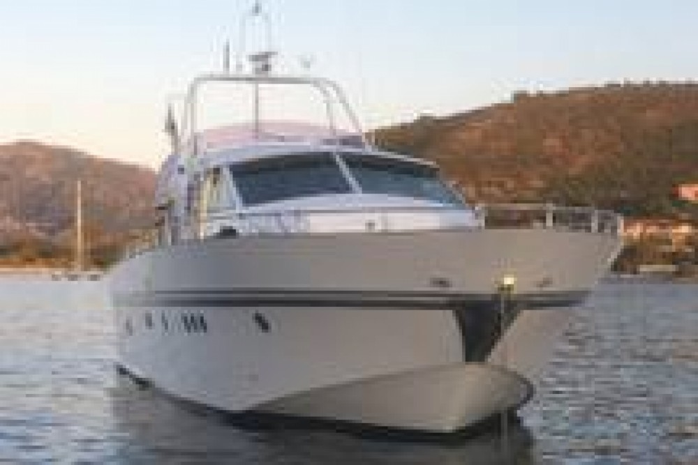 Boat rental Lecci cheap Leopard 58