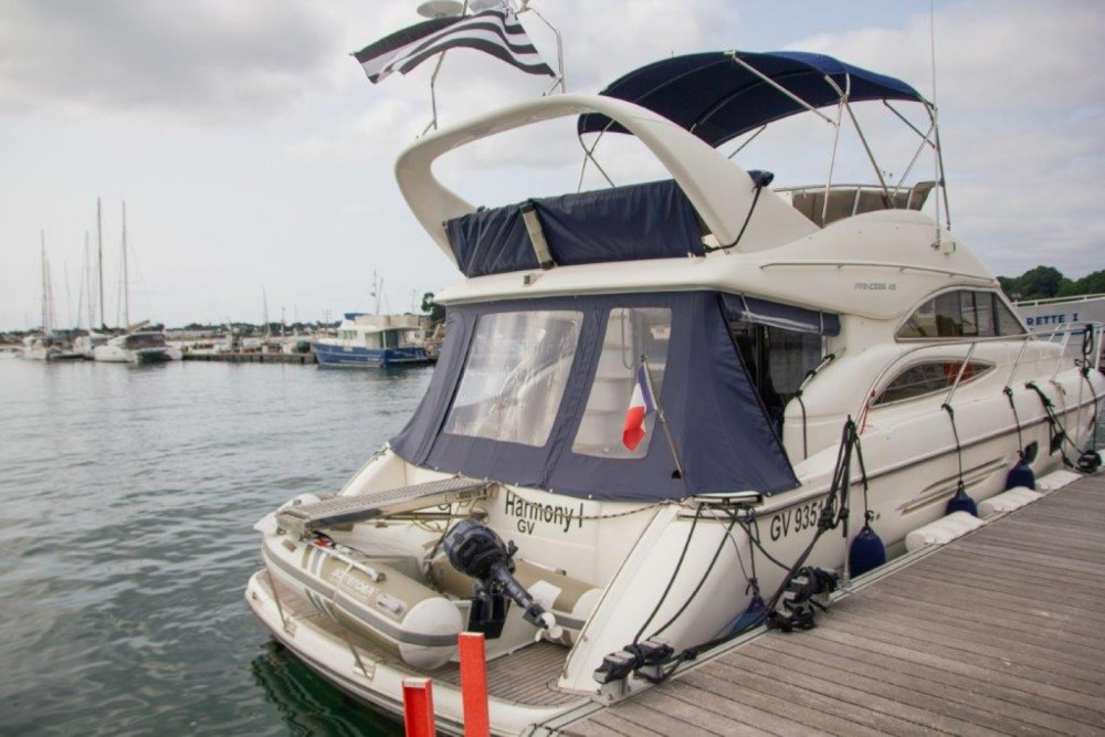 Princess Princess 45 Fly between personal and professional Port-la-Forêt