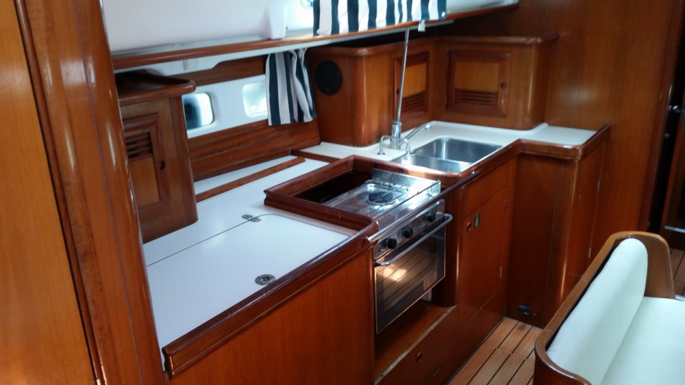Boat rental Athens cheap Oceanis 411 Clipper