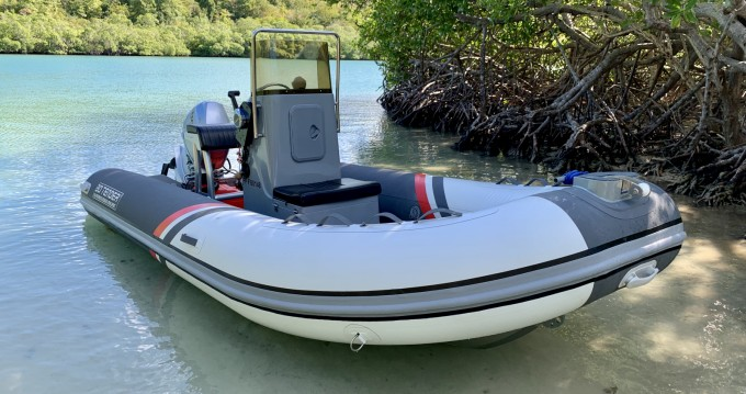 Hire RIB with or without skipper 3D Tender Fort-de-France