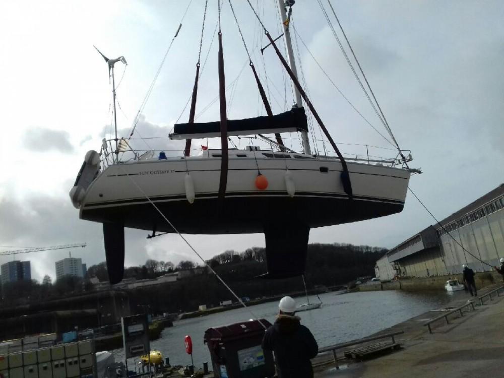 Rent a Jeanneau Sun Odyssey 37 Brest