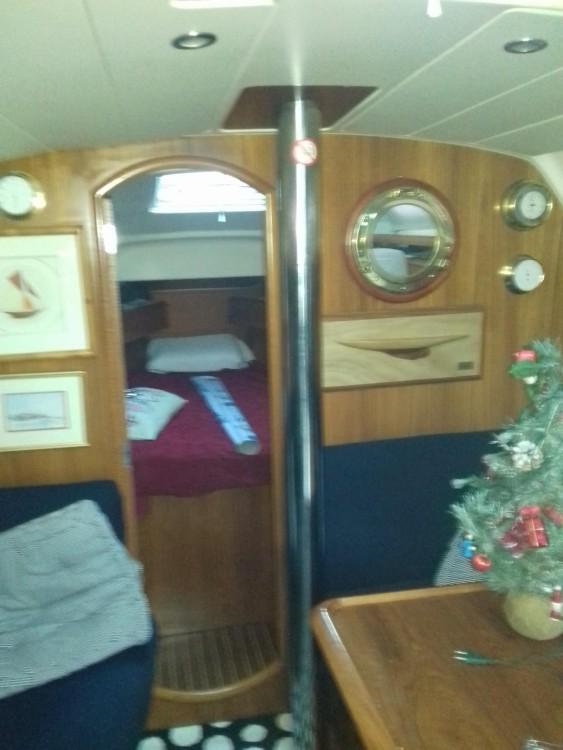 Boat rental Jeanneau Sun Odyssey 37 in Brest on Samboat
