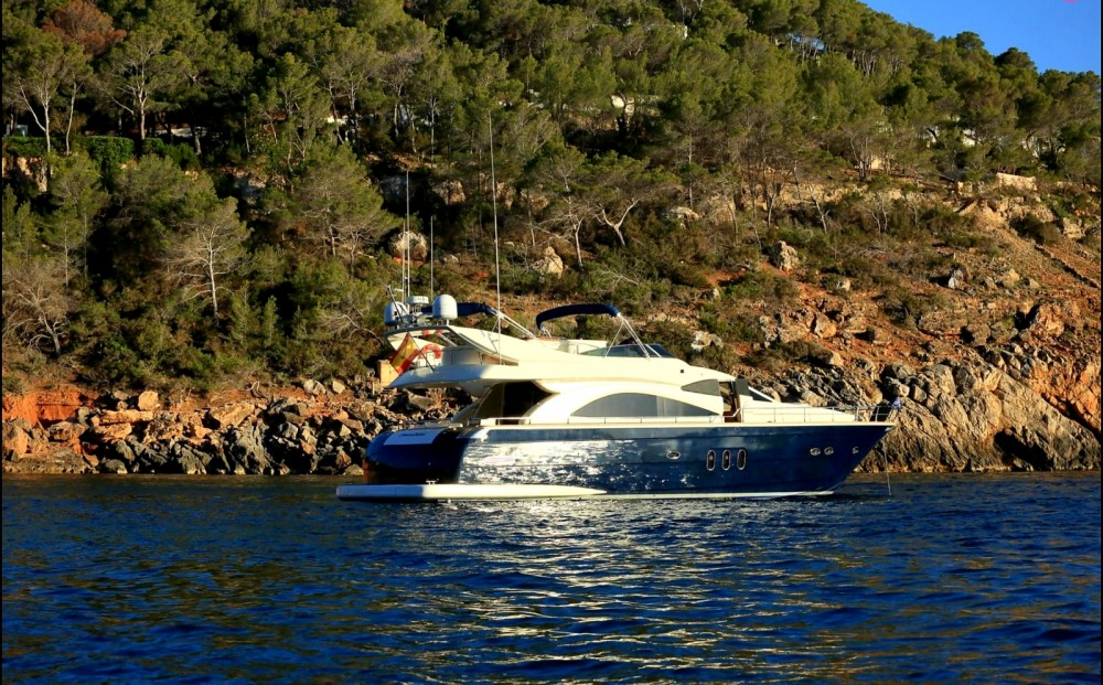 Hire Yacht with or without skipper Astondoa Eivissa