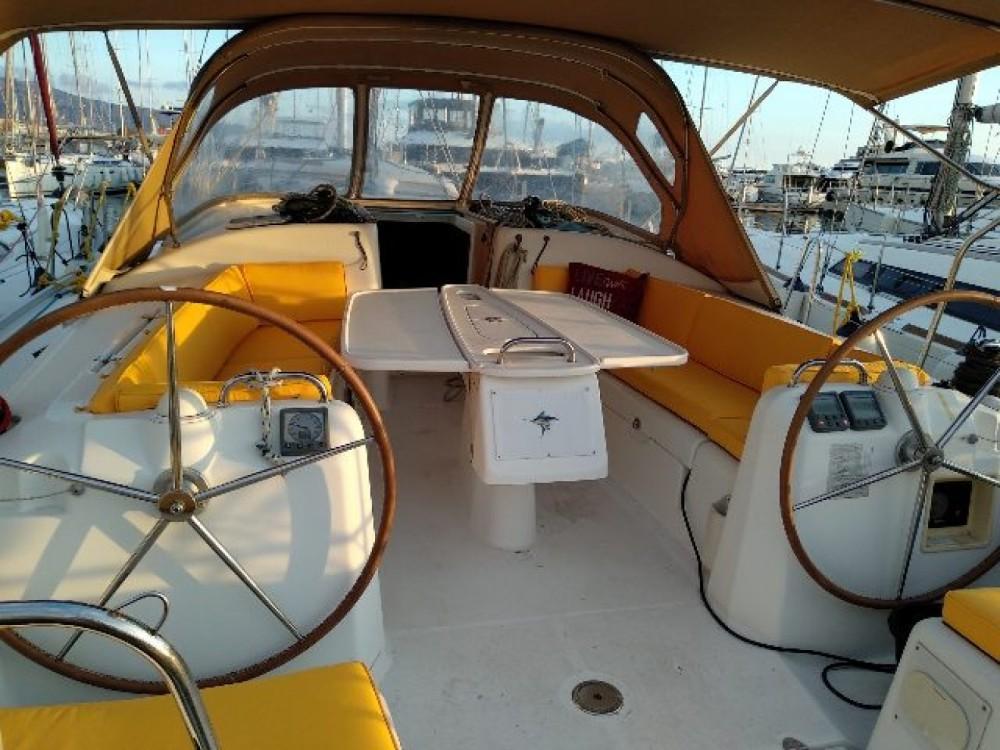 Rental Sailboat in Salamina - Bénéteau Cyclades 434