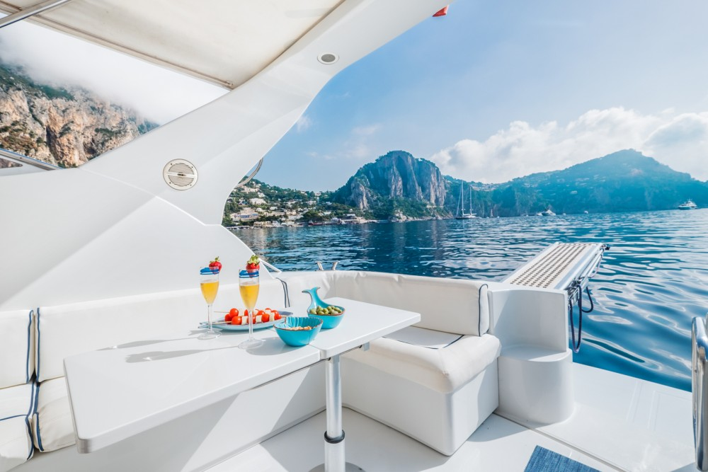 Hire Motorboat with or without skipper Raffaelli Anacapri