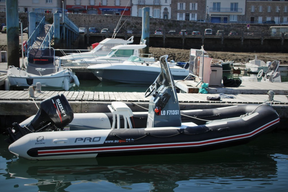 Hire RIB with or without skipper Zodiac Port-Louis