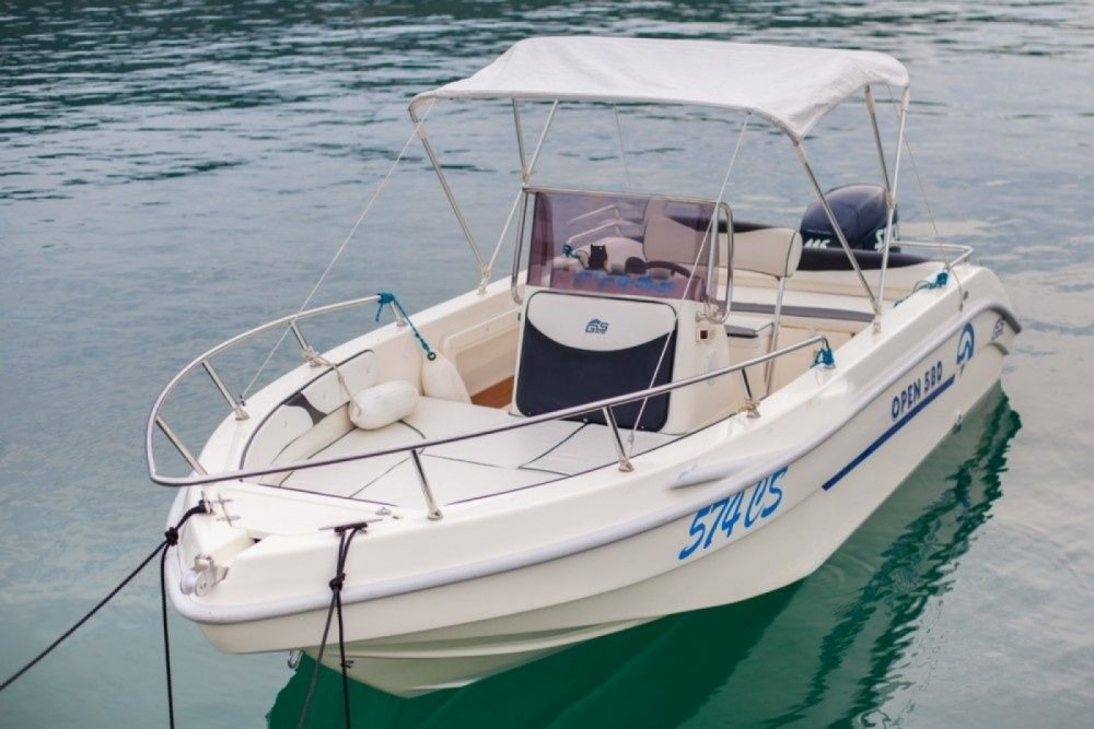 Gs Nautica 570 between personal and professional Cres